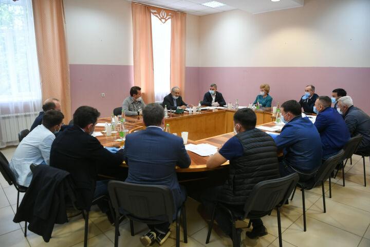 Шаймиев провел совещание по вопросам строительства Центра допобразования