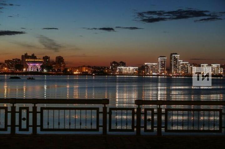 На Кремлевской набережной откроется фотовыставка о Волге