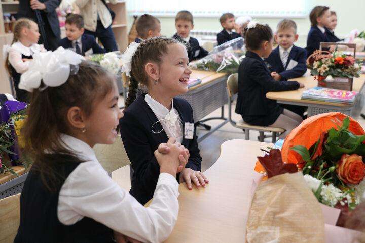 Школьных линеек на 1 сентября в Казани в этом году не будет