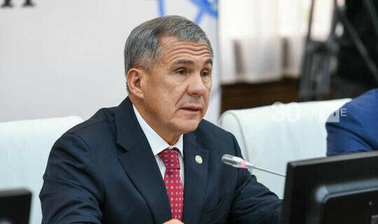 Минниханов освободил Бурганова от должности главы Минобрнауки РТ