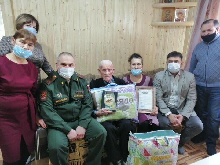 Один из старейших жителей Кукморского района отметил 99-летие