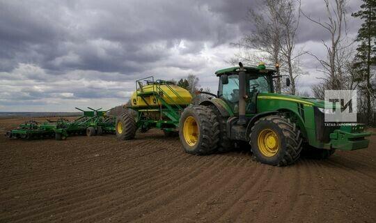 Татарстан выделит на обновление парка сельхозтехники 1,7 млрд рублей