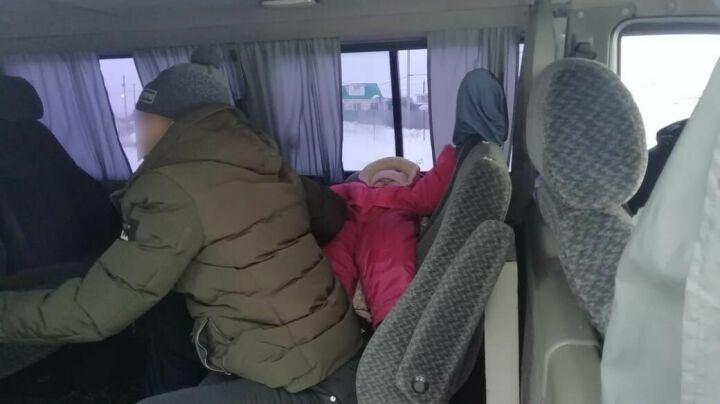Под Челнами женщину-водителя оштрафовали за непристегнутого грудного ребенка
