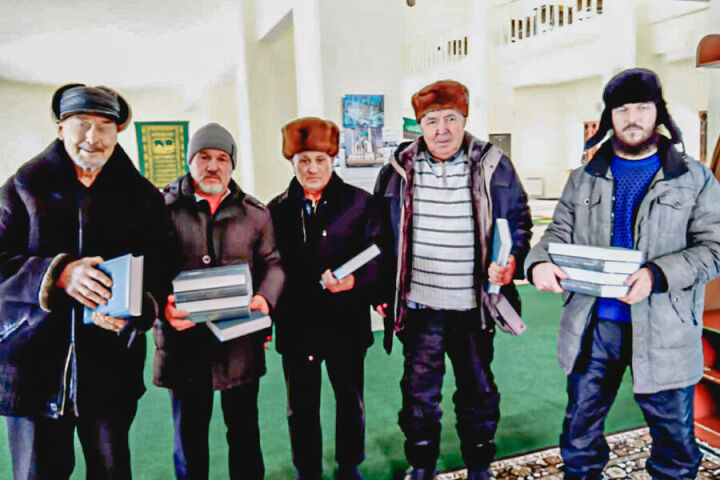 Мусульмане Пензенской области получили перевод смыслов Корана от ДУМ РТ