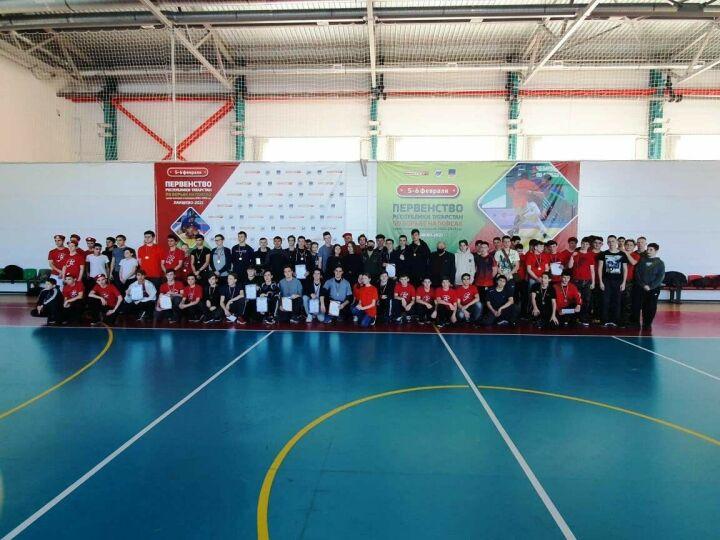 Лаишевская молодежь сразилась в военно-спортивной игре «Равнение на Героев»
