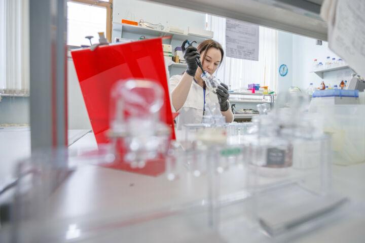 Казанские химики нашли 40 новых типов реакций с помощью искусственного интеллекта