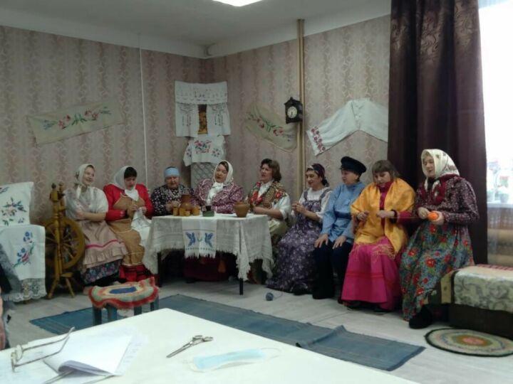 В спасском селе Антоновка разыграли обряд сватовства