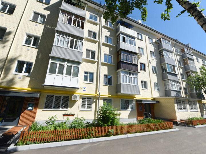 В Кировском и Московском районах Казани отремонтируют 54 дома