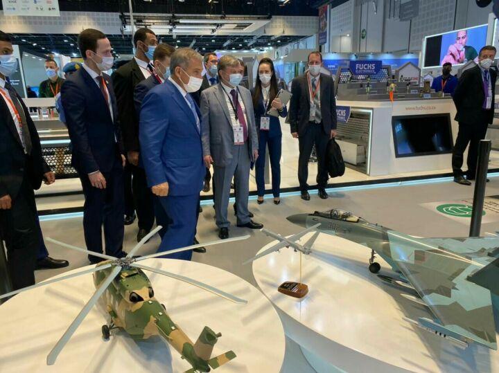 Минниханов прибыл на международную выставку вооружений в Абу-Даби