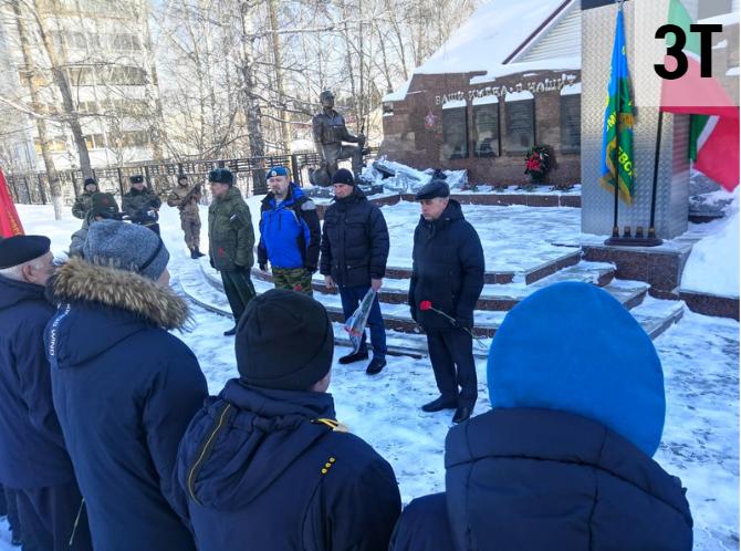 В Альметьевске почтили память десантников шестой роты Псковской дивизии