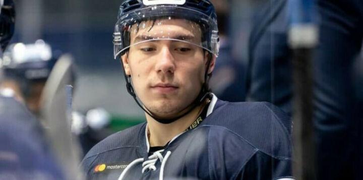 Матчи в КХЛ и МХЛ пройдут с минуты молчания в память о погибшем игроке «Динамо»