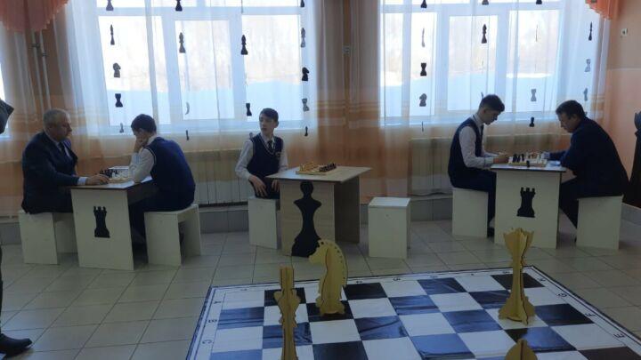 В верхнеуслонской школе открылась шахматная зона