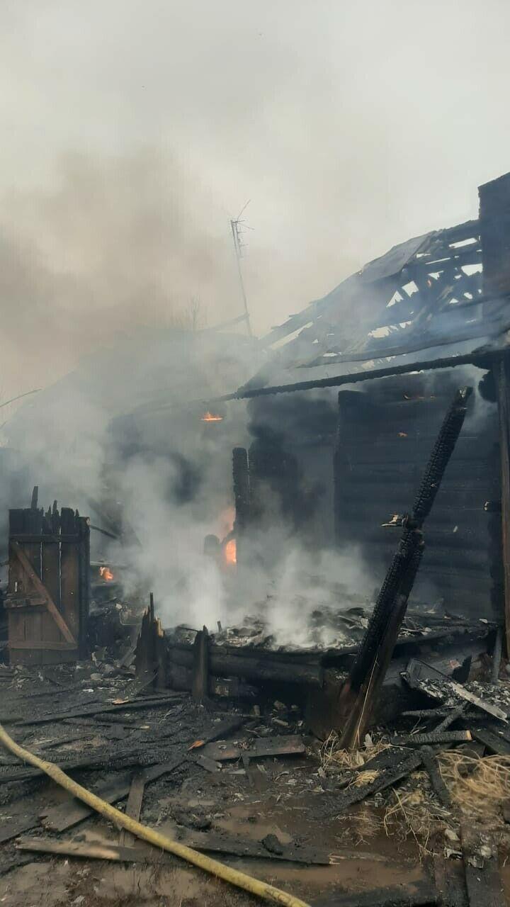 В Татарстане устанавливают личность мужчины, сгоревшего в заброшенном доме