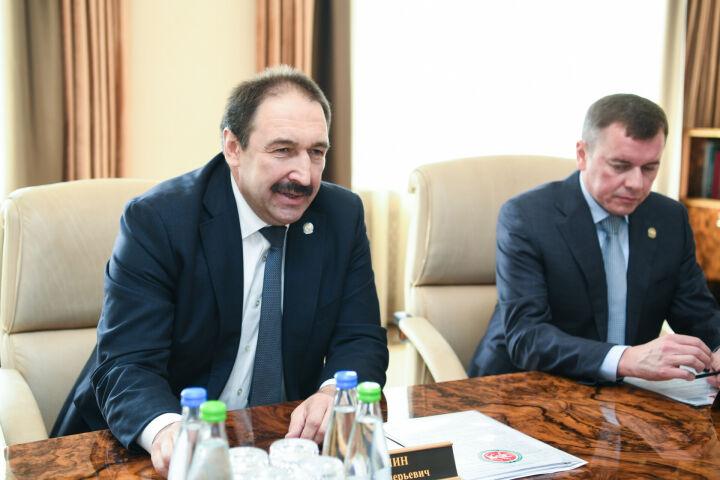Песошин обсудил развитие АПК Татарстана с зампредом правления Россельхозбанка