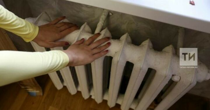 Исполком Челнов: Жильцы могут потребовать от УК перерасчет за горячие батареи