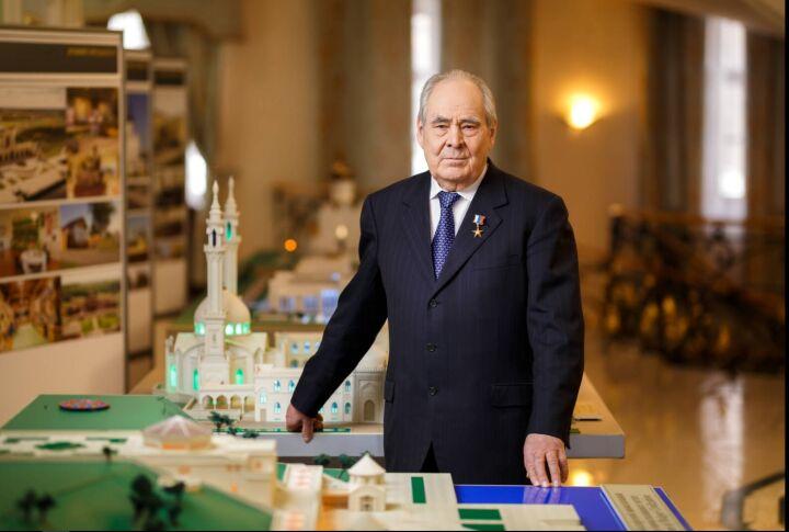 Минтимер Шаймиев: «Спасибо Всевышнему, и в ХХI век мы перешли вместе с Тукаем»