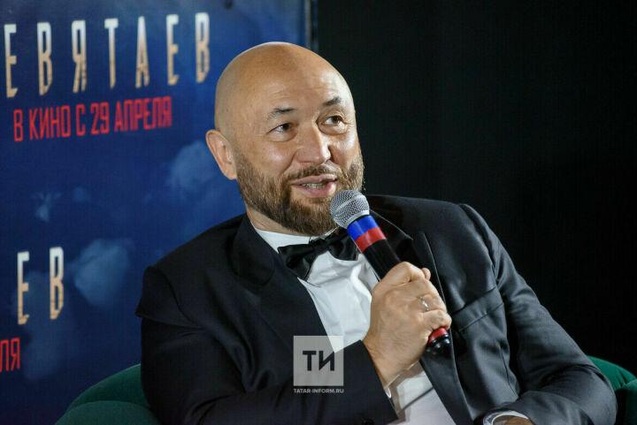 Бекмамбетов поблагодарил Татарстан за помощь в создании фильма «Девятаев»