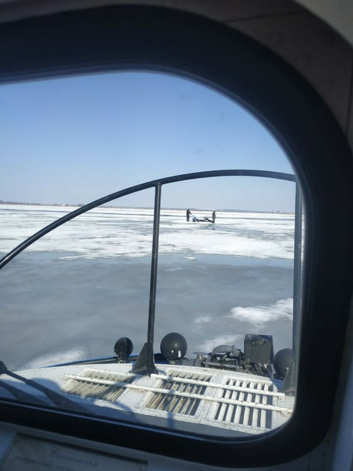 Провалившихся под лед рыбаков спасли на Меше в Татарстане
