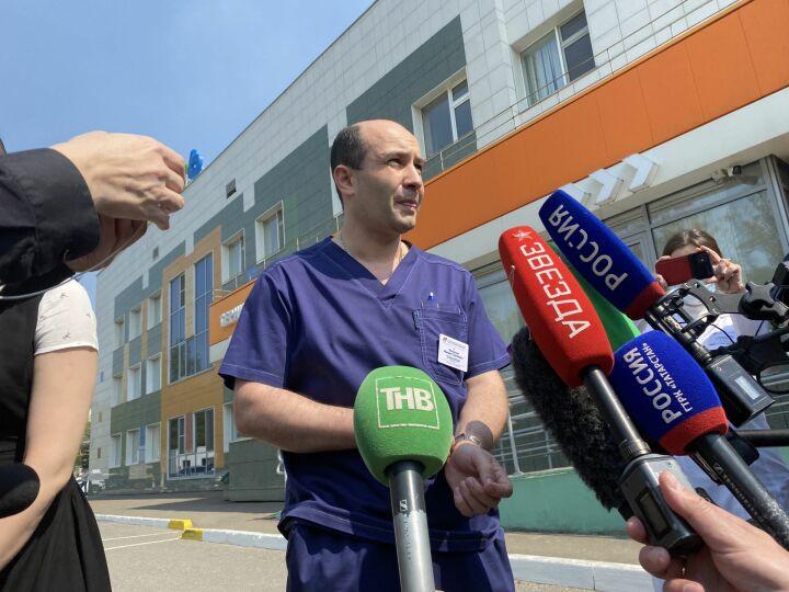 Врач ДРКБ: 5 детей перевезут в Москву, двоих выписали, 12 - с огнестрельными ранениями