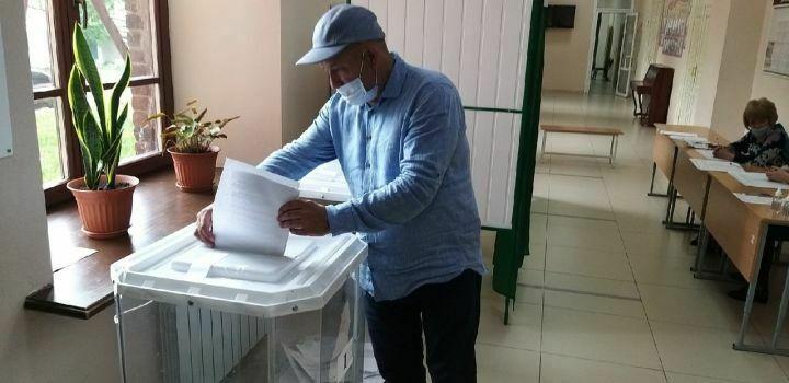 Глава Мензелинского района Айдар Салахов отдал свой голос на праймериз «ЕР»