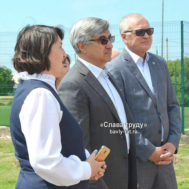 Шайхразиев рекомендовал открыть классы родных языков в Бавлинском районе Татарстана