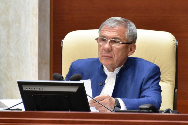 Минниханов предложил разработать регламент по упорядочению оборота оружия и боеприпасов