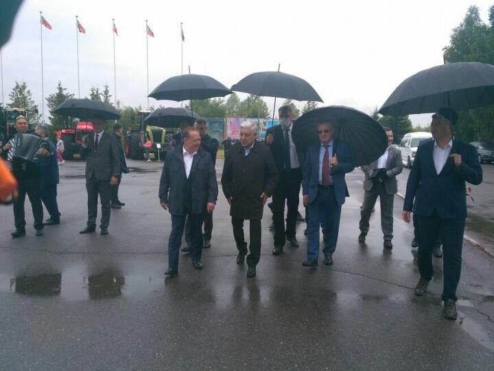 В Нижнекамск на Сабантуй приехали Фарид Мухаметшин и Олег Морозов