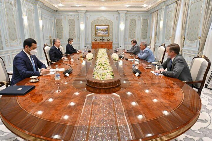 Рустам Минниханов обсудил вопросы сотрудничества с Президентом Узбекистана