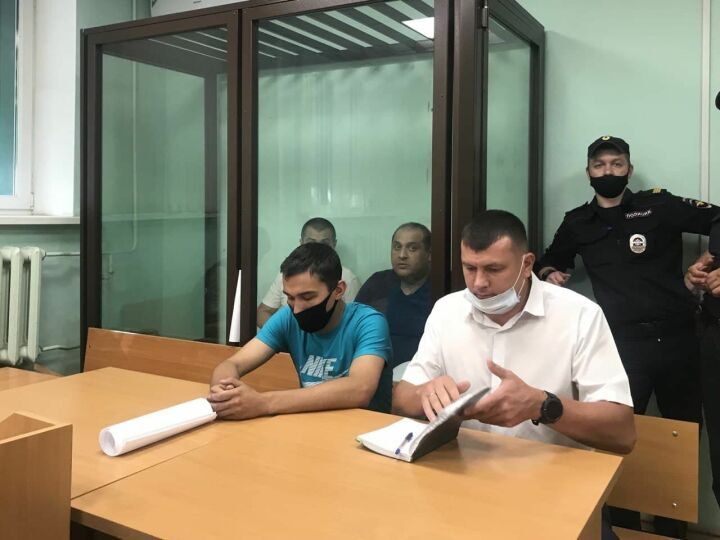 Водителю автобуса, сбившему насмерть девушку в Казани, грозит колония-поселение