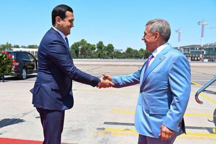 Минниханов прибыл в Ташкент для участия в деловом форуме «Татарстан-Узбекистан»