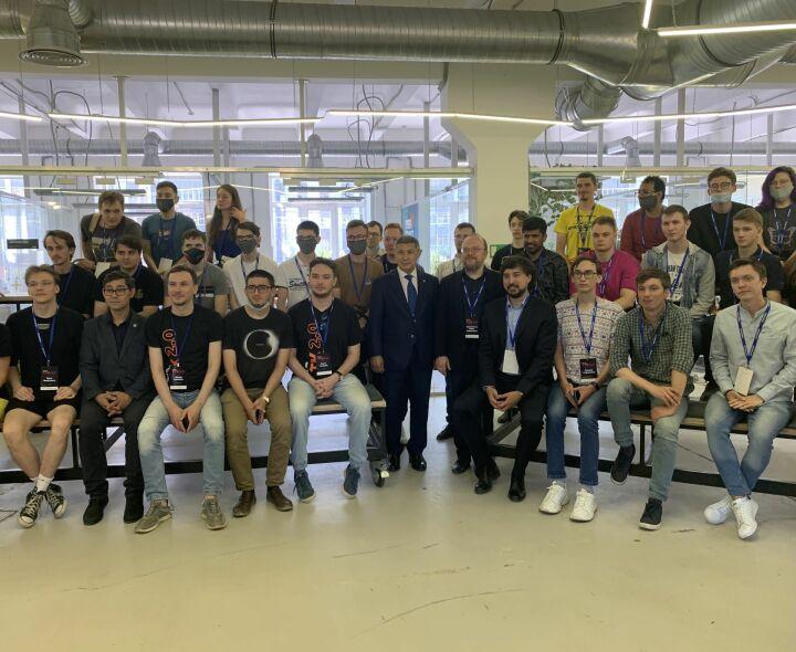 В хакатоне марафона Digital SuperHero приняли участие 10 команд из Татарстана