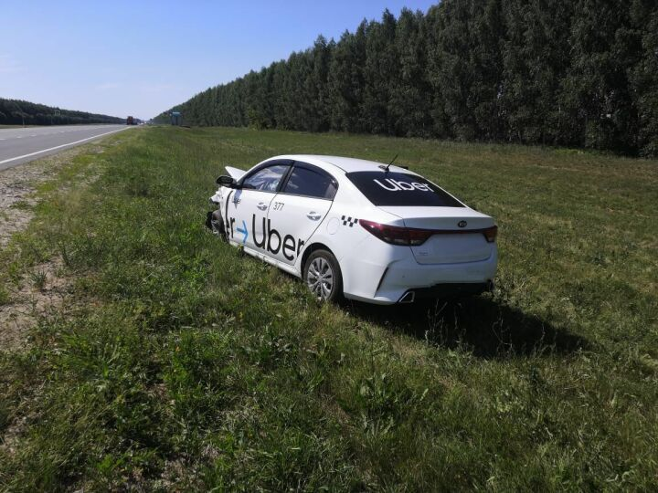 Один человек погиб и трое пострадали в столкновении двух авто в Татарстане