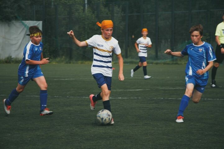 Команда из Казани забила 15 голов в матче республиканского этапа турнира «Кожаный мяч»