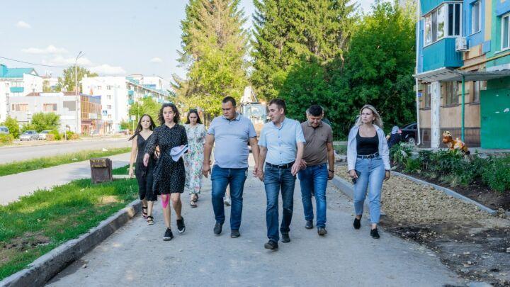 Экспертная группа республиканской программы «Наш двор» проверила дворы Альметьевска