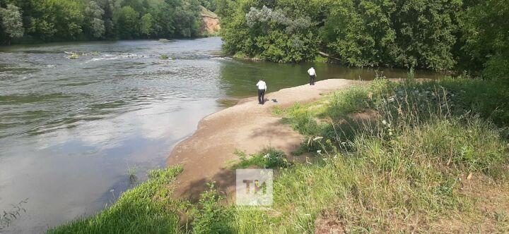 В Муслюмово продолжаются поиски ребенка, утонувшего в реке Ик