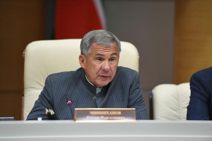 Минниханов: Динамика, которая присутствует в первом полугодии — не повод для спокойствия