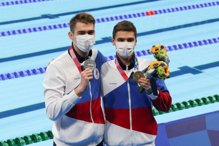 Россиянин на Играх в Токио выиграл золото Олимпиады в плавании впервые с 1996 года