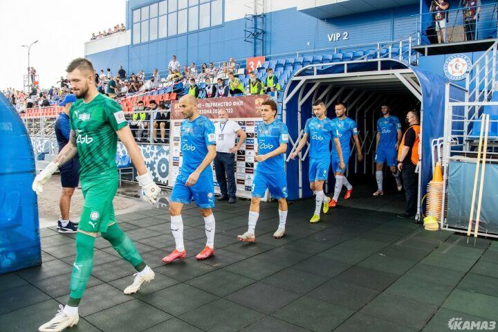 Футбольный клуб «КАМАЗ» анонсировал подписание контракта с новым партнером
