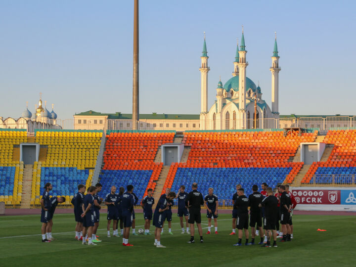 «Торпедо-БЕЛАЗ» и «Копенгаген» потренировались в Казани перед матчем Лиги конференций