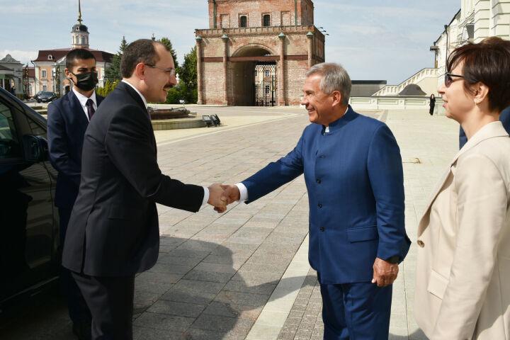 Минниханов: Татарстан заинтересован в совместных проектах с турецкими партнерами