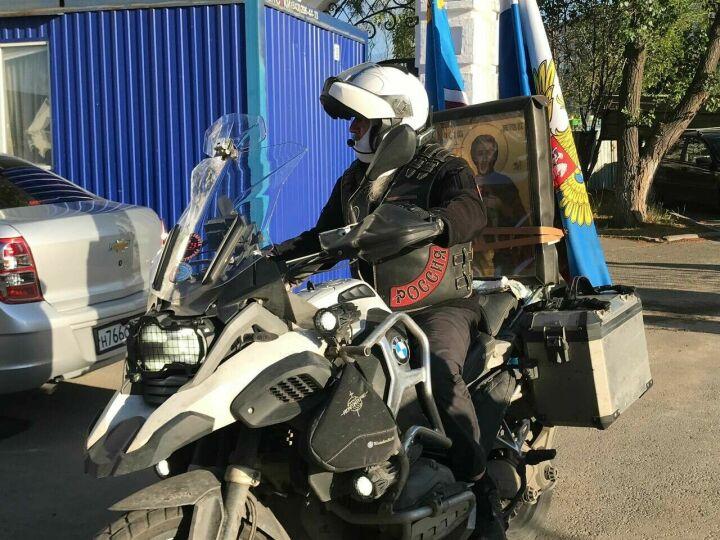 Православный мотопробег на два дня привез в Казань икону святого Александра Невского
