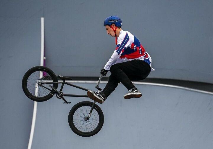 Казанец Ирек Ризаев показал 5-й результат в квалификации в BMX-фристайле на Олимпиаде