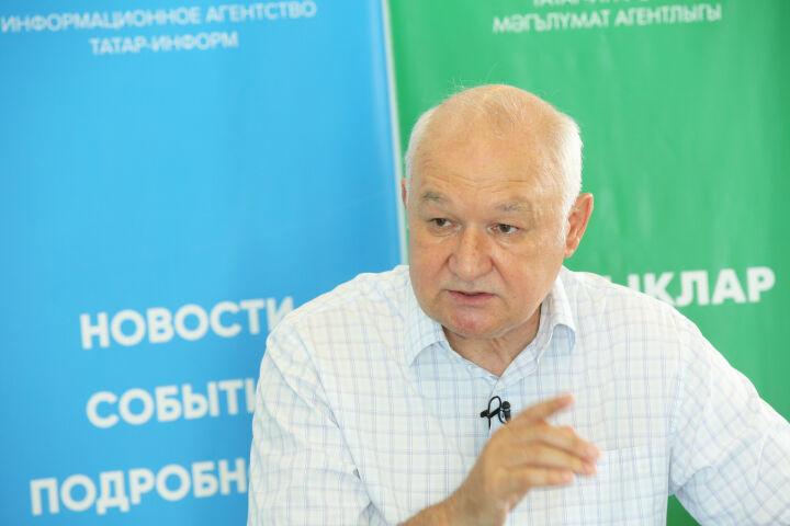 Гильмутдинов: Не должно быть, что одну школу бабушка охраняет, другую – ЧОП или полиция