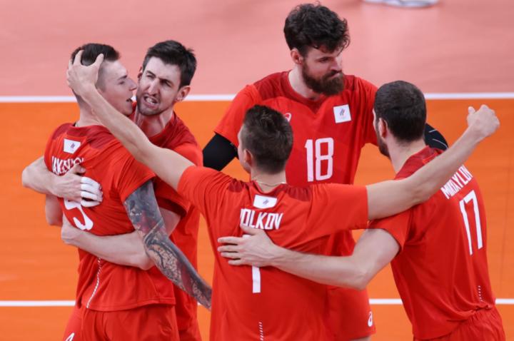 Мужская сборная России по волейболу вышла в полуфинал Олимпийских игр в Токио