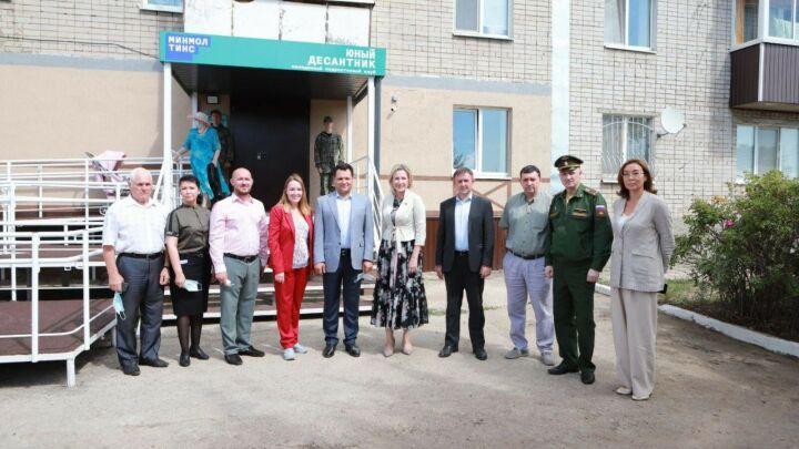 В Елабуге открылся новый молодежный клуб «Юный десантник»