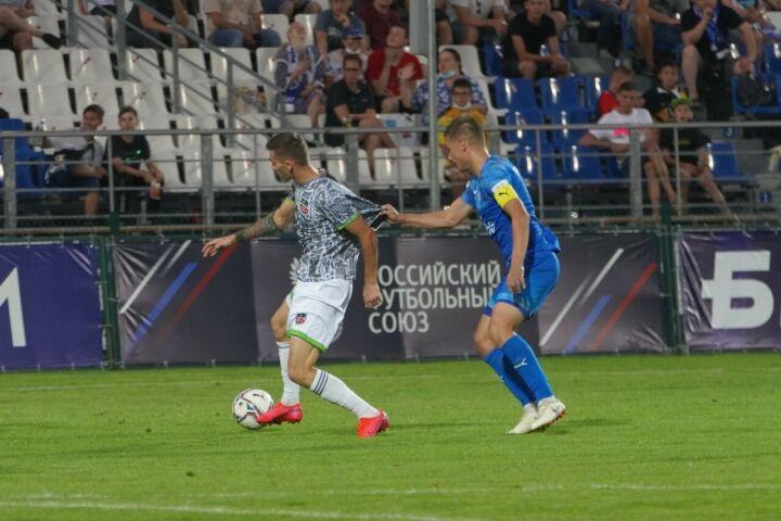 «КАМАЗ» выиграл дома у «Нефтехимика» и вышел в групповой этап Кубка России по футболу