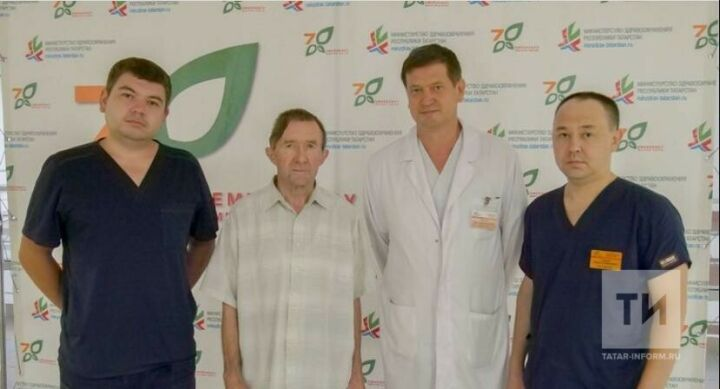 Раненый сотрудник казанской гимназии № 175 поблагодарил врачей ГКБ №7 за спасение