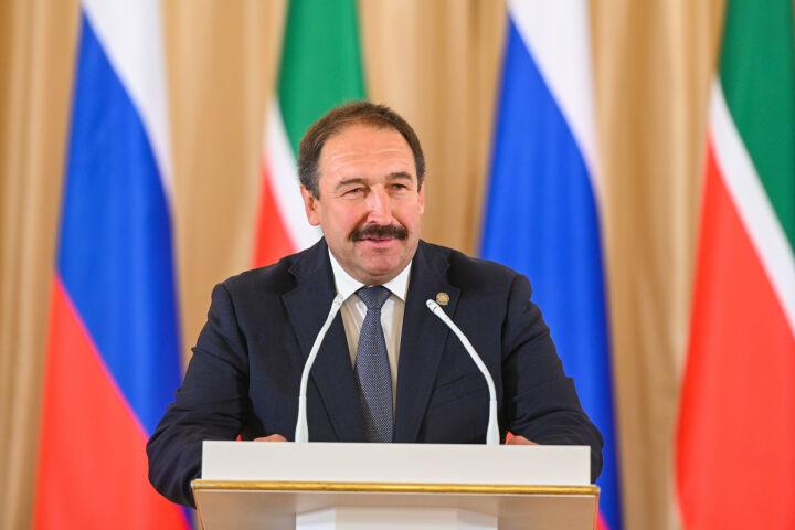 Алексей Песошин вручил госнаграды 49 выдающимся жителям Татарстана