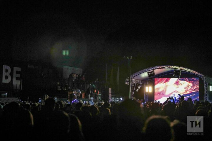 Фирдус Тямаев, «Ума Турман» и другие звезды споют казанцам в финальный день голосования