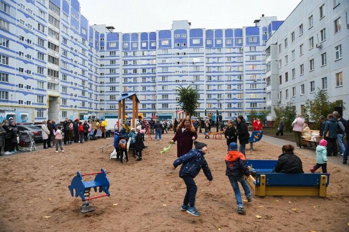 В Нижнекамске после комплексного благоустройства открыты два двора